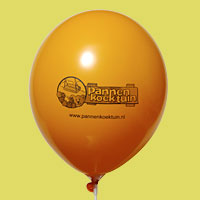 Bedrijfslogo op pastel ballon